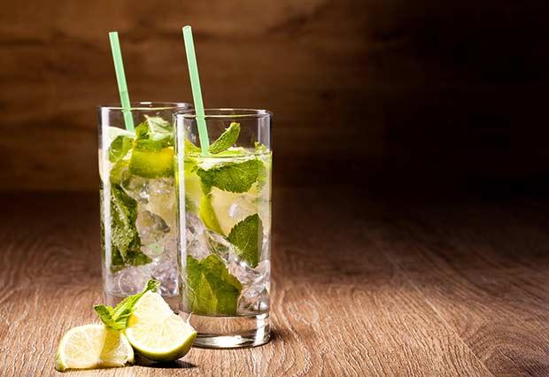 bigstock-Fresh-cold-Mojito-Cocktail-on--45392878