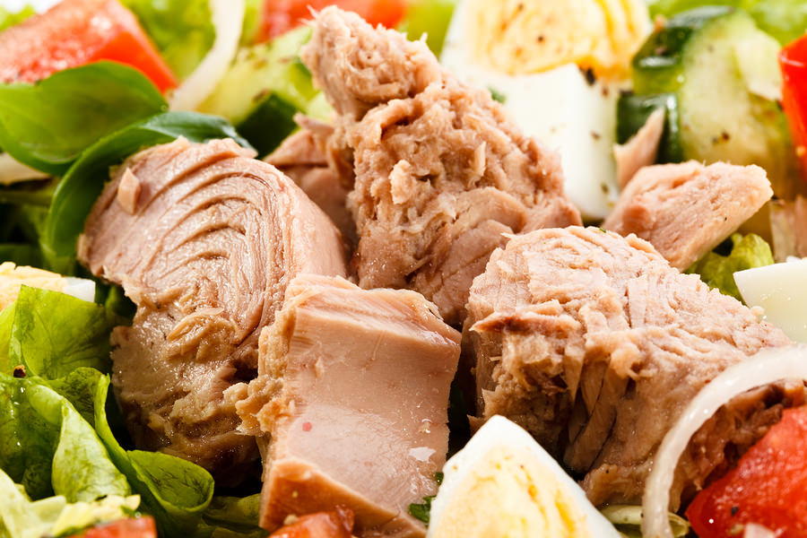 bigstock-Tuna-and-vegetable-salad-44789413