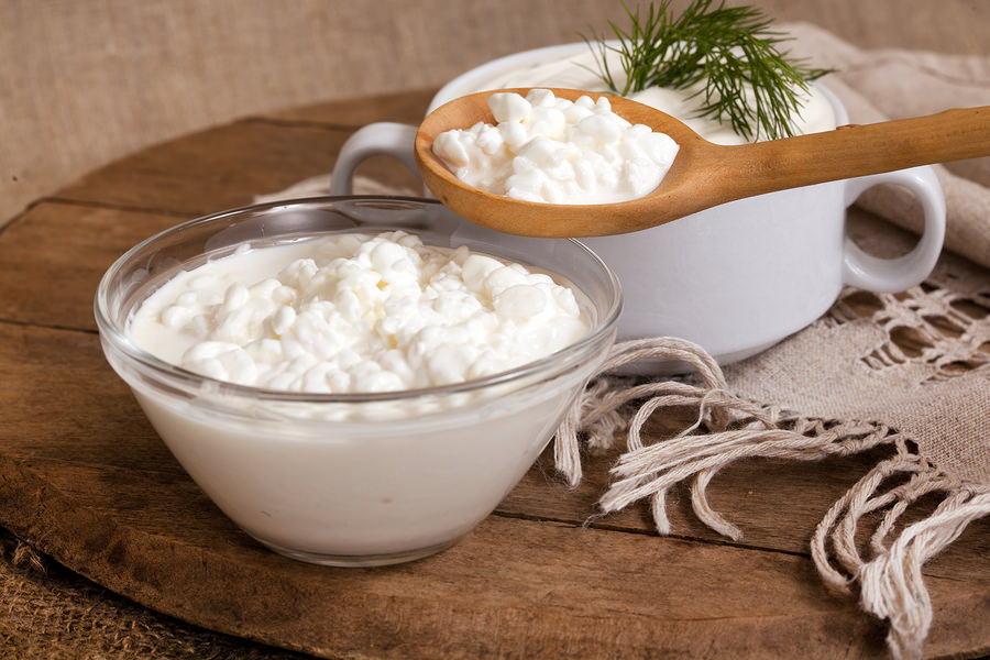 bigstock-cottage-cheese-in-a-plate-and--35786648