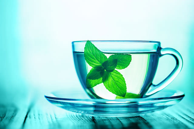 bigstock-mint-tea-with-fresh-mint-leave-51774343