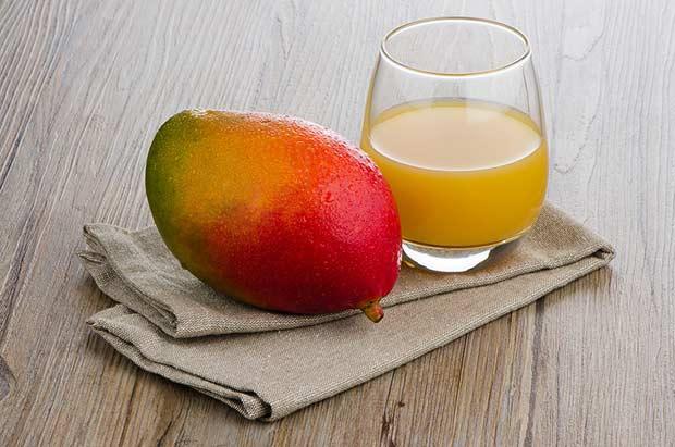 bigstock-Fresh-Mango-Juice-44002006