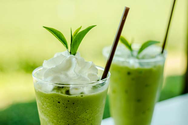 bigstock-Green-Tea-Smoothies-55319093