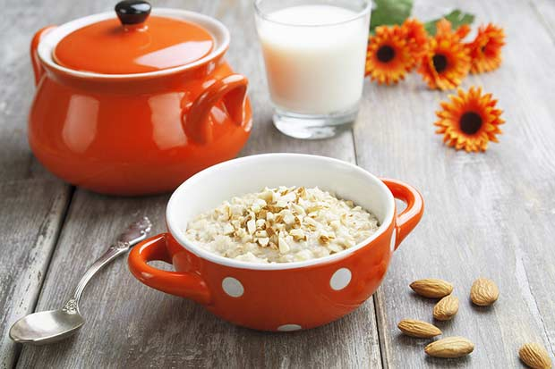 bigstock-Oatmeal-With-Almonds-55047107