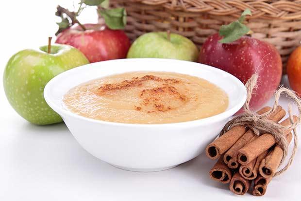 bigstock-applesauce-38749951